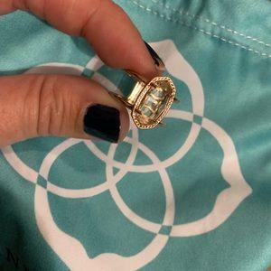 Like new Kendra scott elyse ring 7.5 rose gold
